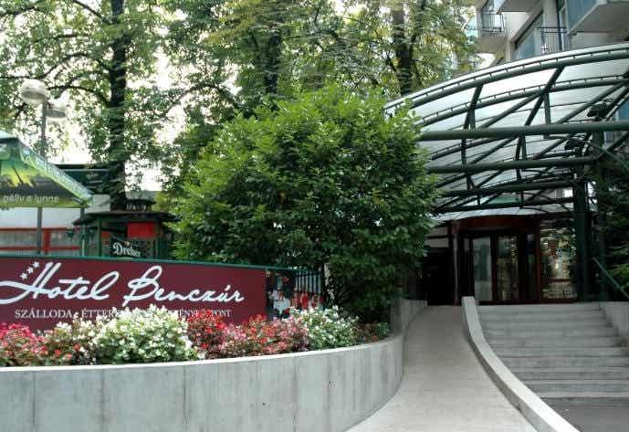 Hotel Benczur