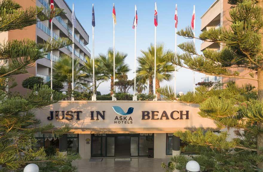 Aska Just In Beach – All Inclusive