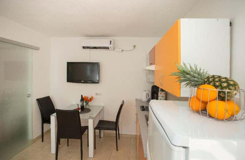 Apartment Alma Split