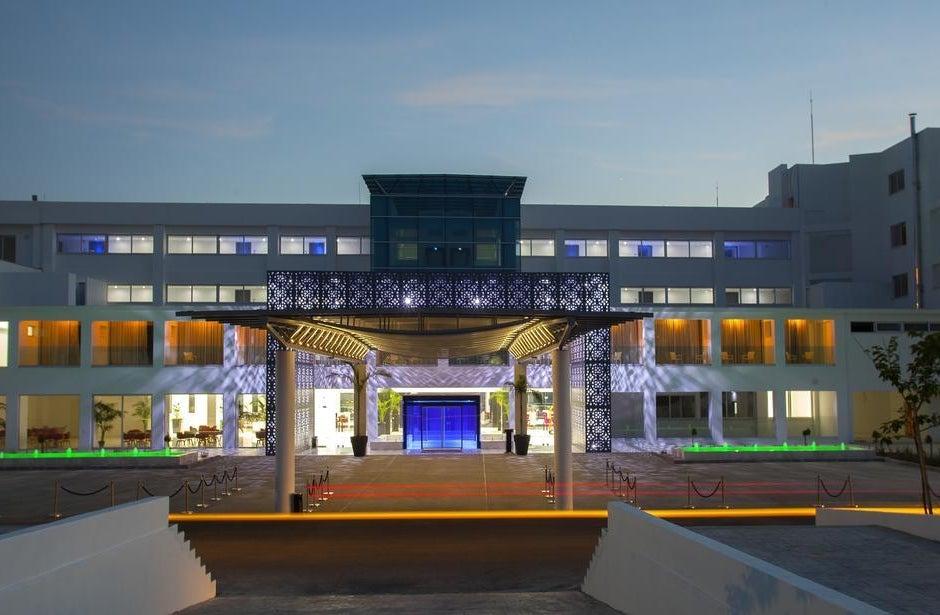 King Evelthon Beach Hotel Resort In Paphos Cyprus