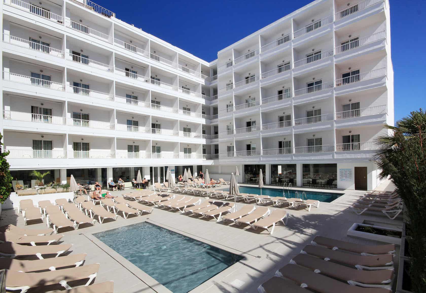 Ilusion Calma Hotel