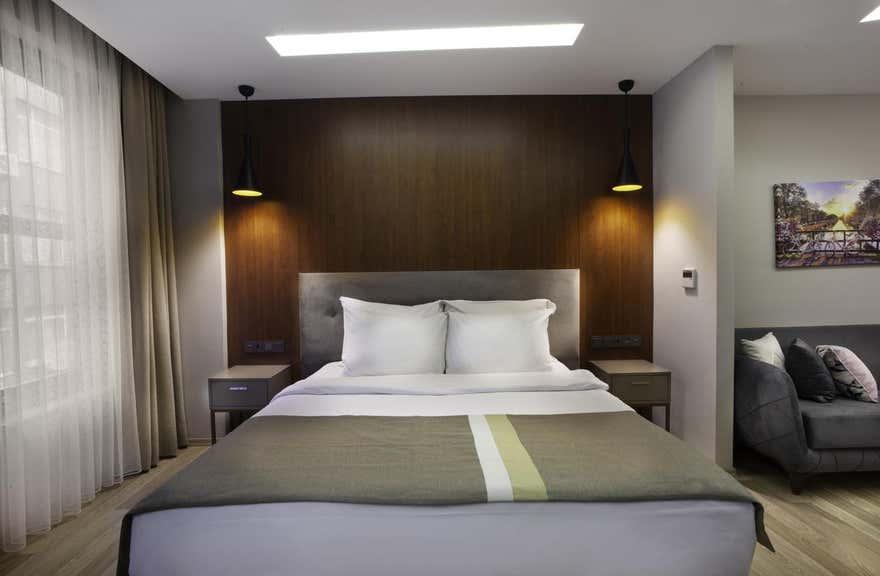 Blueway Hotel & Residence