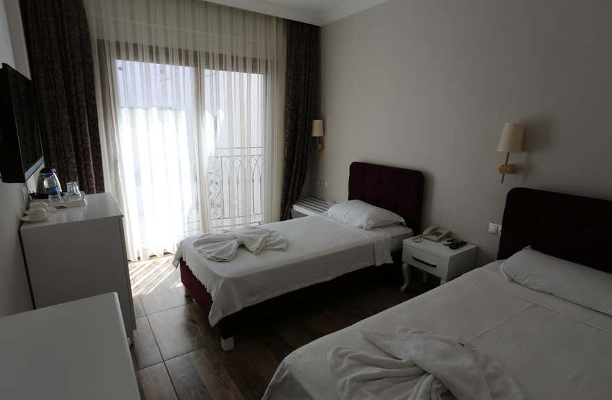 Cennet Life Hotel