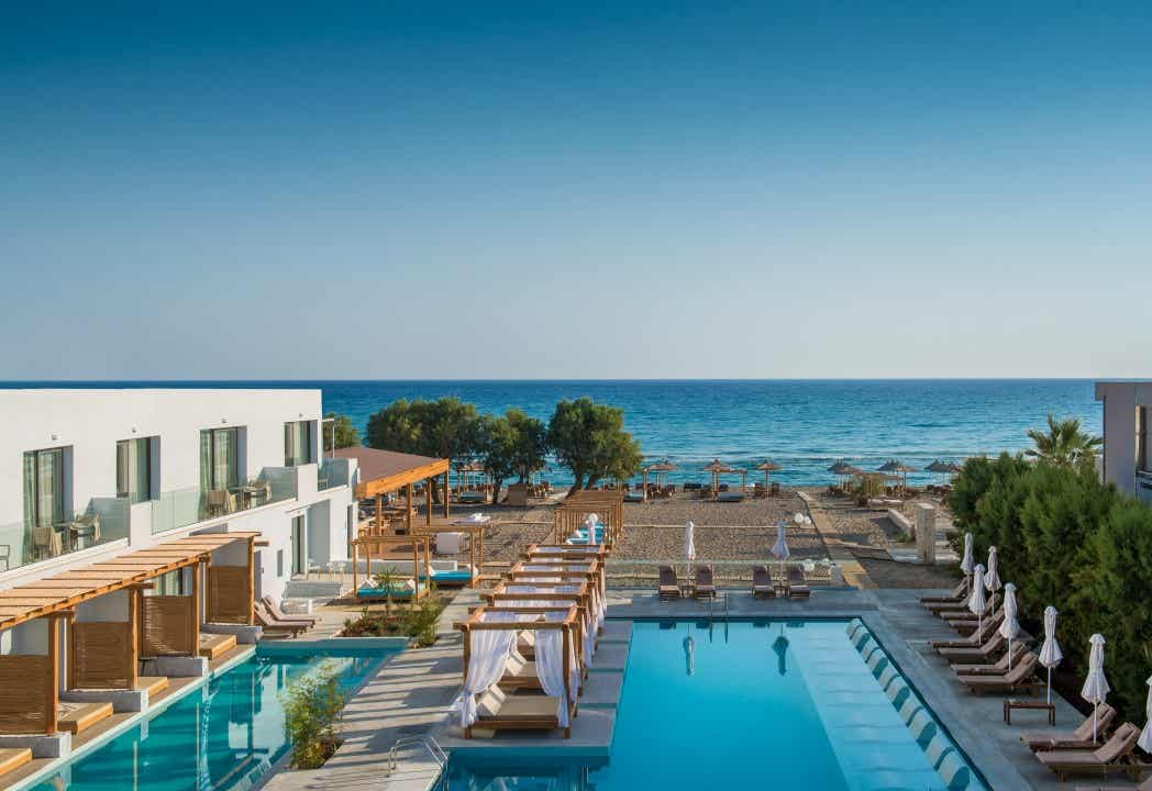 Hotel Enorme Lifestyle Beach Resort (Adults Only)