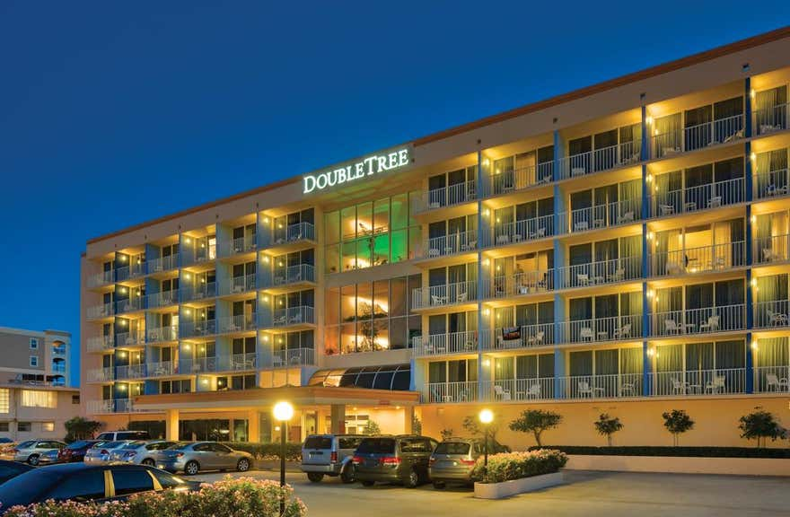 DoubleTree Beach Resort by Hilton Tampa Bay - North Redingto