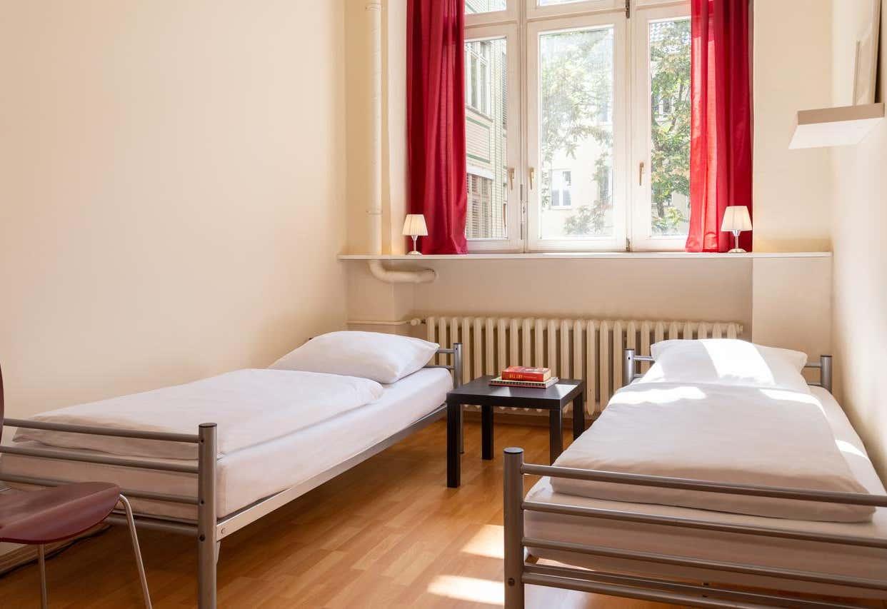 All In Hostel / Hotel Berlin