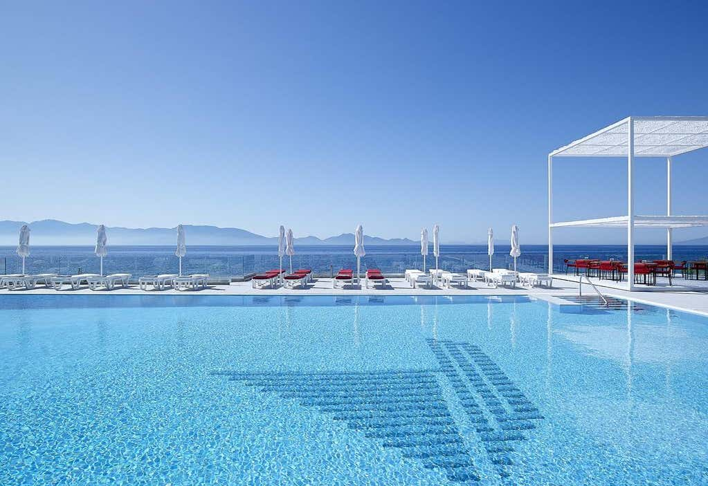 Dimitra Beach Hotel and Suites