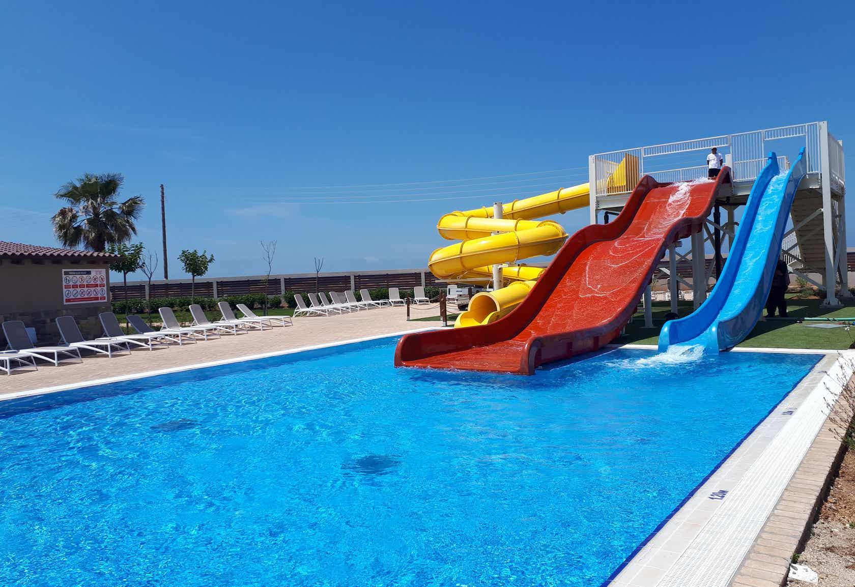 Almyros Beach Resort & Spa