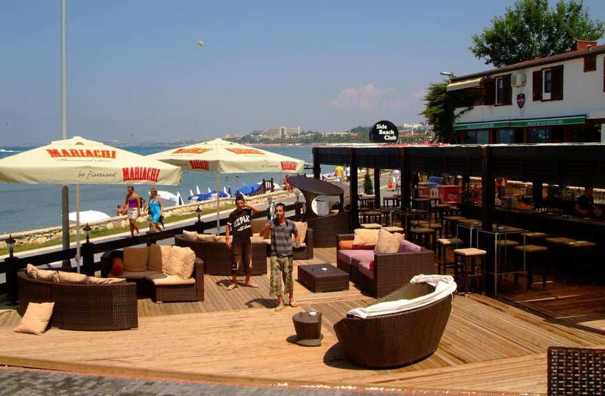Side Beach Club Hotel