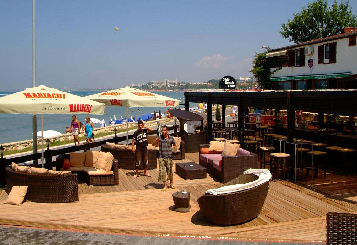 Side Beach Club Hotel