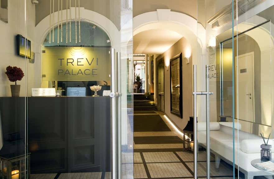 Trevi Palace Luxury Inn