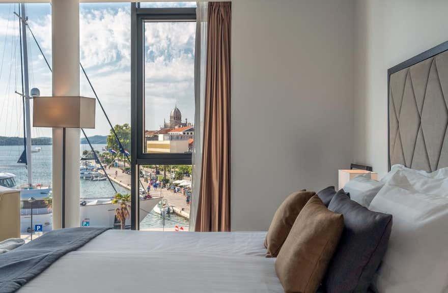 Hotel Bellevue-Superior City Hotel