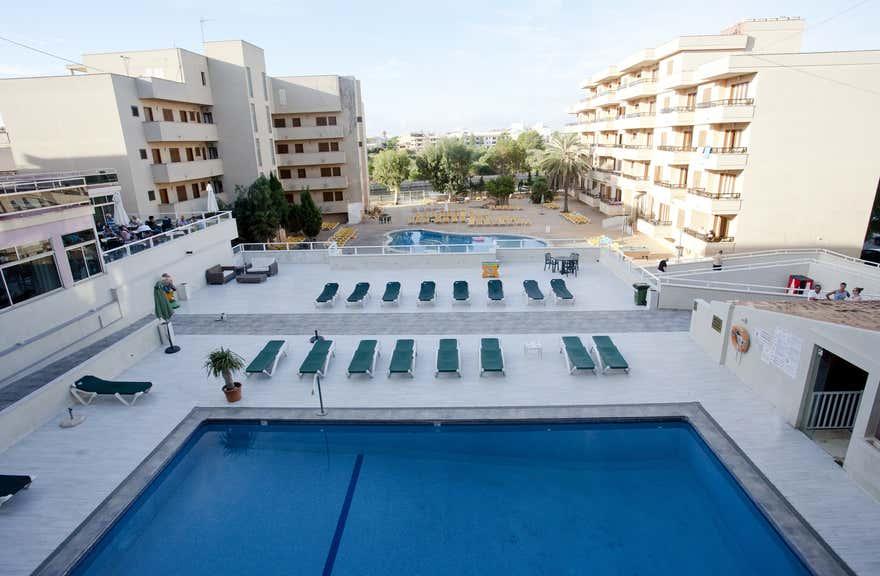 Playamar Hotel and Apartments