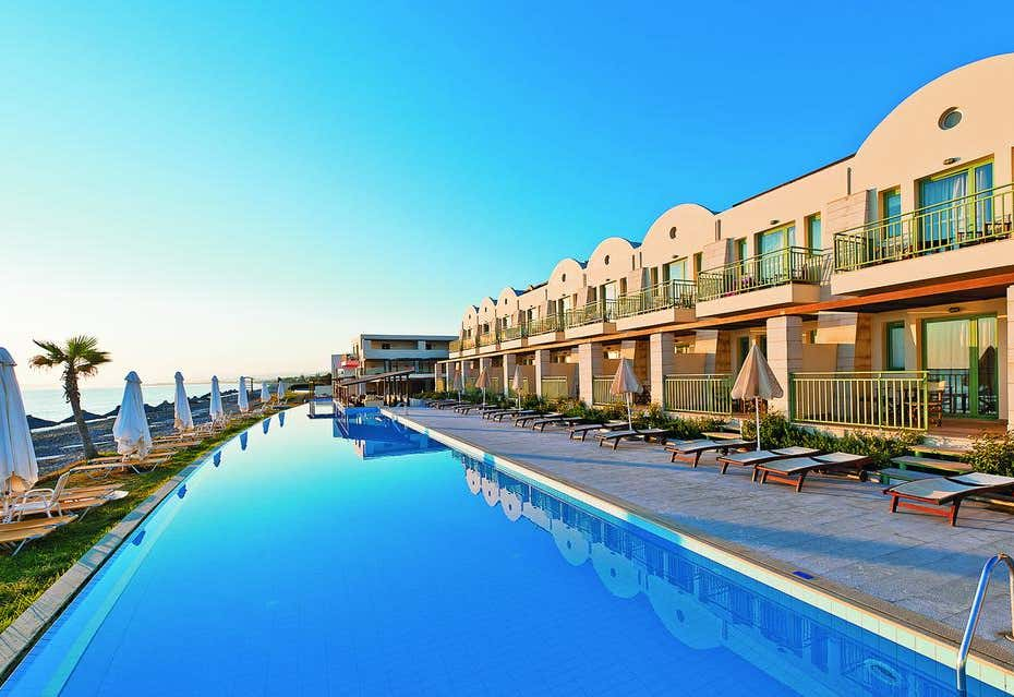 Giannoulis Grand Bay Resort