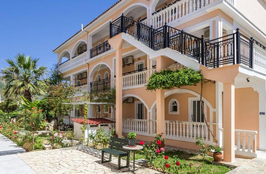 Athina Apartments Zante