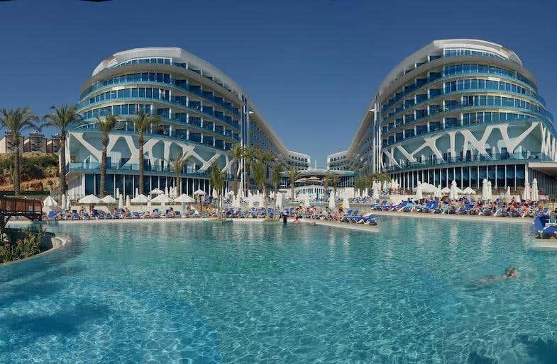 Vikingen Infinity Hotel