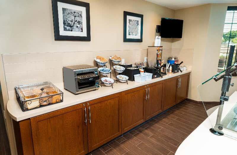 Staybridge Suites Newark-Fremont