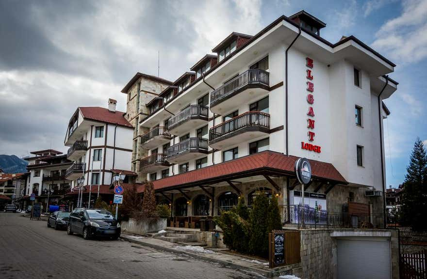 Elegant Lodge Hotel