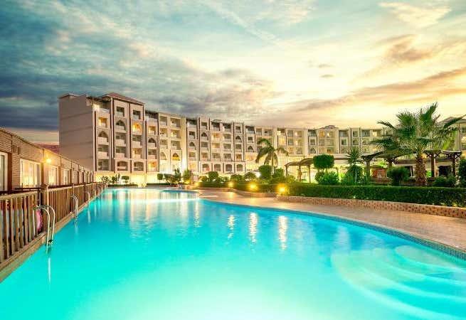 Hawaii Caesar Dreams Resort