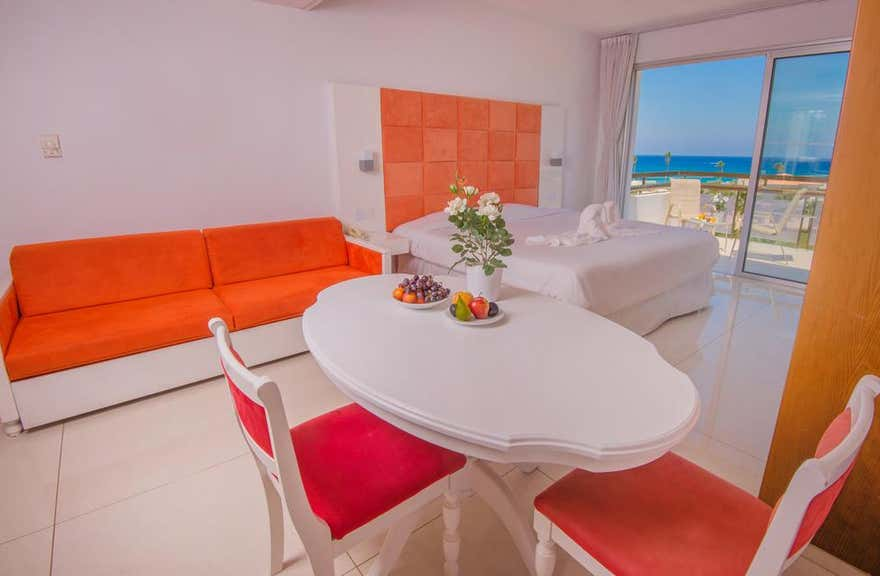 Marlita Beach Hotel Apartments
