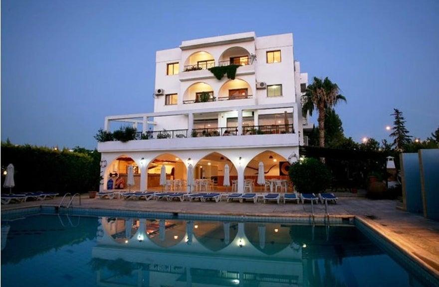 Stephanos Hotel
