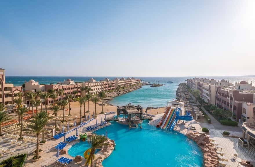 Sunny Days Resort Spa & Aqua Park