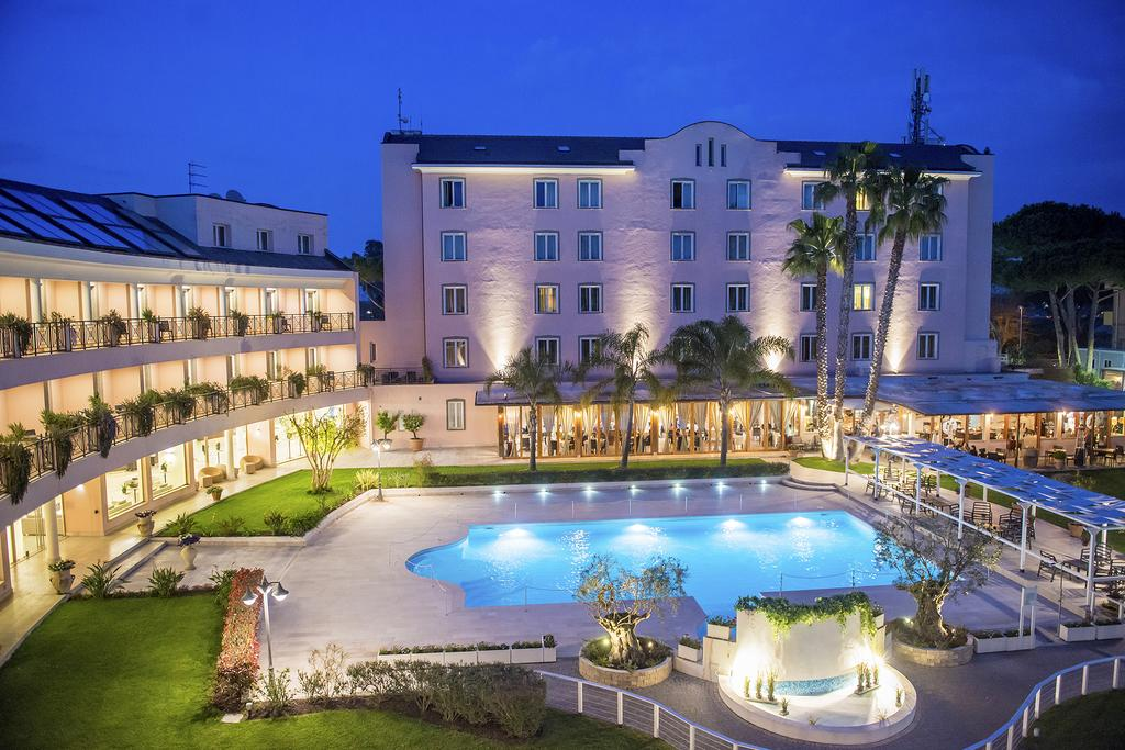 Hotel Isola Sacra Rome Airport in Rome | loveholidays