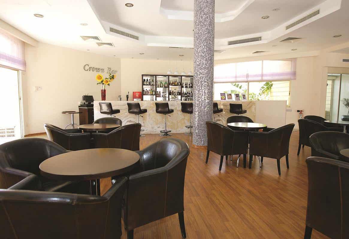 Crown Resorts Henipa Hotel
