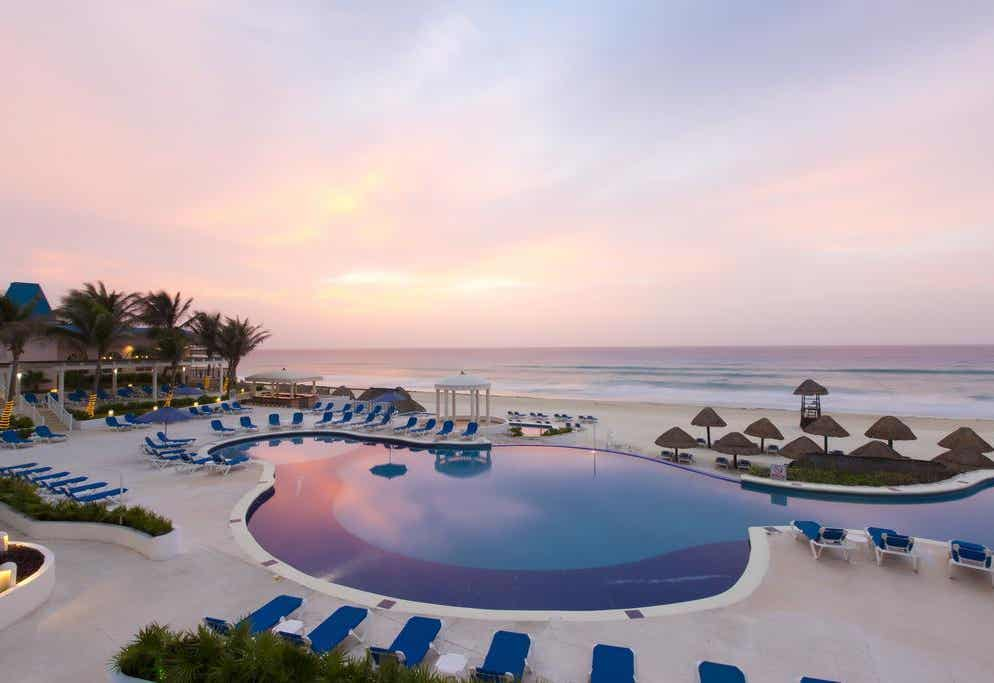 Golden Parnassus Resort and Spa All Inclusive (Adults Only)