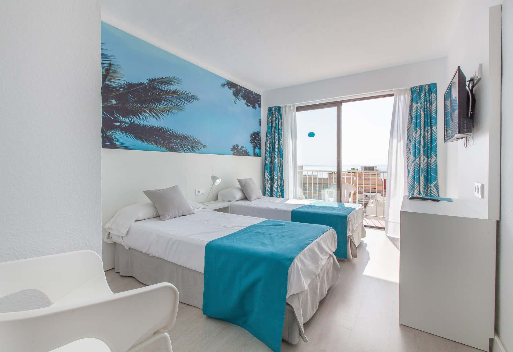 Blue Sea Arenal Tower Hotel