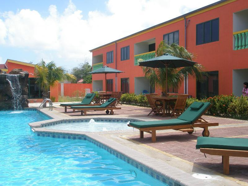 Del Rey Apartments in Palm Beach, Aruba | Holidays from £ ...