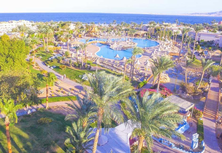 Parrotel Beach Resort