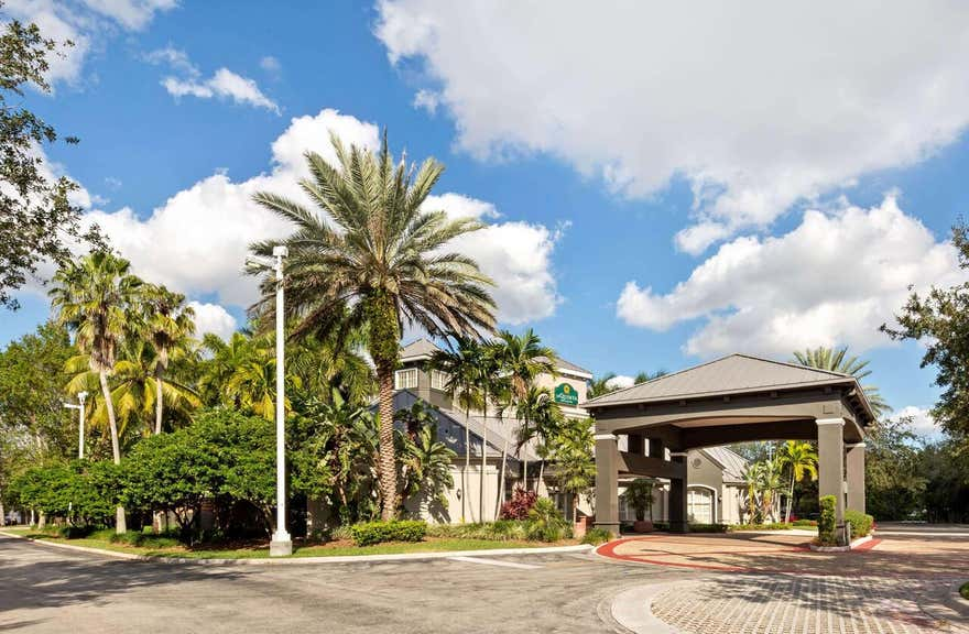 La Quinta Inn & Suites by Wyndham Ft. Lauderdale Plantation