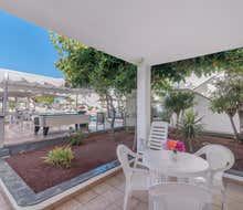 Parque Tropical Apartments
