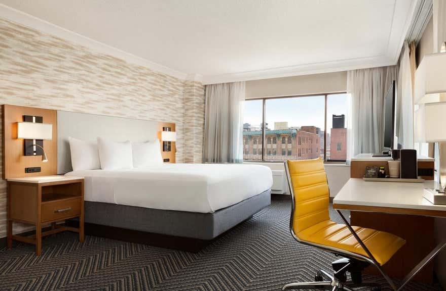 Radisson Hotel Baltimore Downtown - Inner Harbor