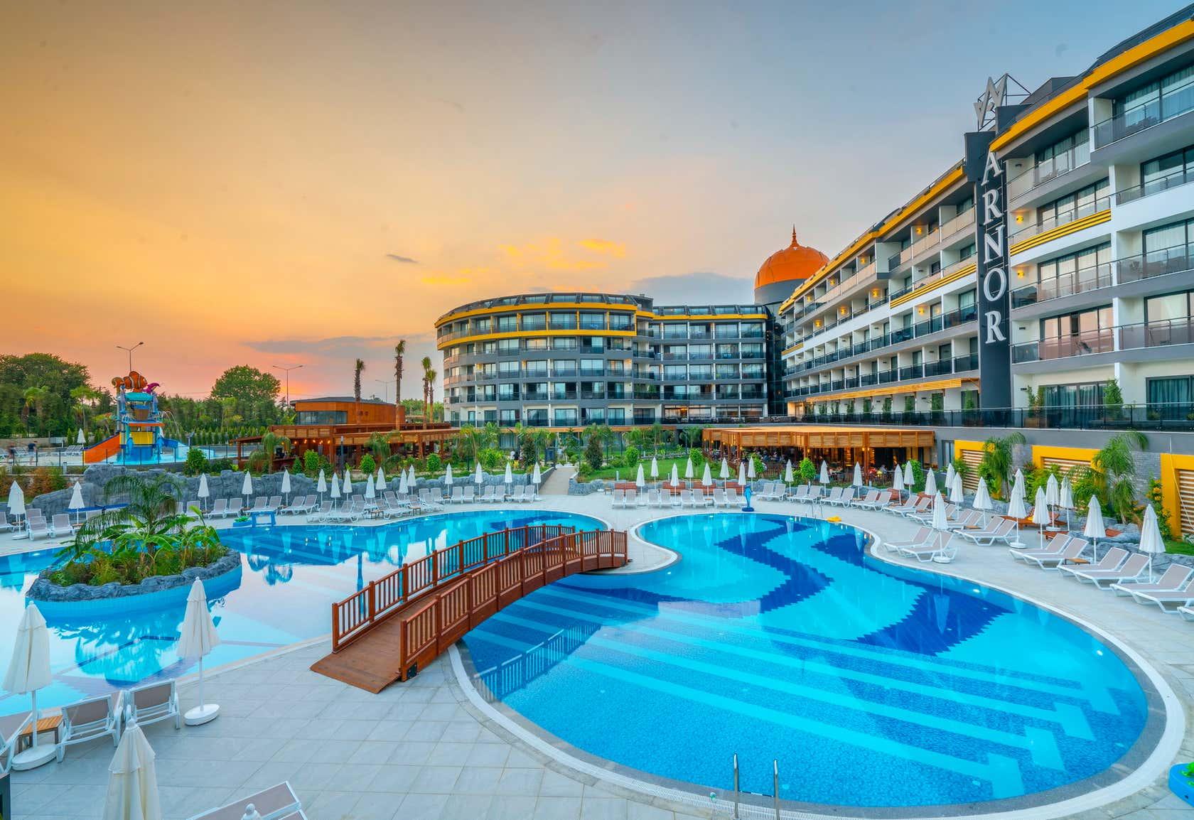Arnor De Luxe Hotel And Spa