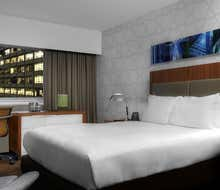 DoubleTree by Hilton Metropolitan - New York City