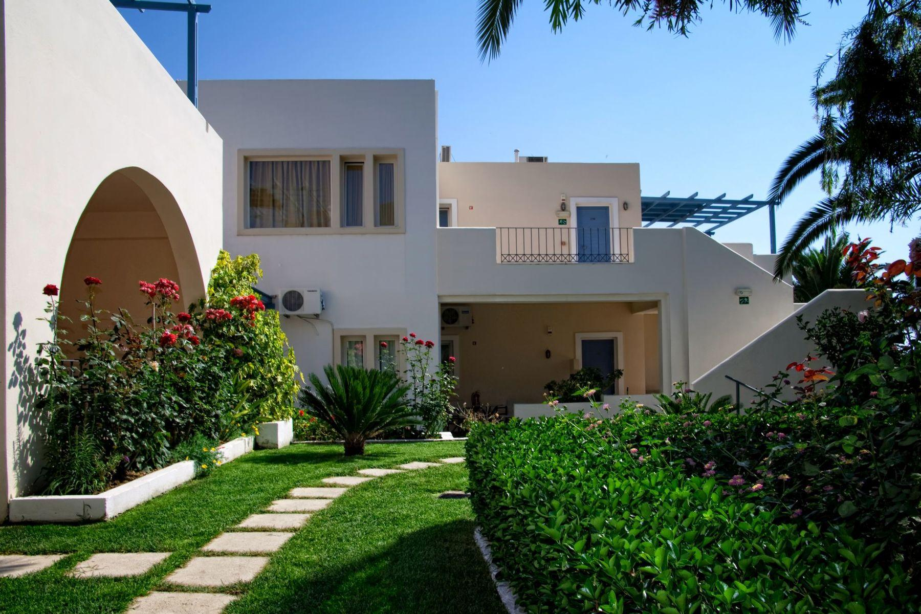 Papadakis Apartments in Crete, Georgioupolis | Holidays ...