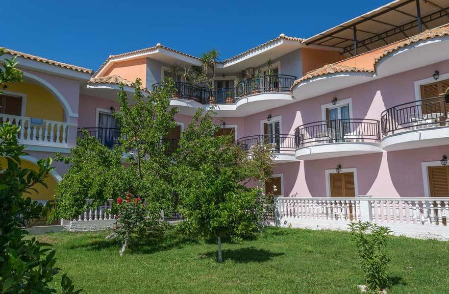 Costas Hotel