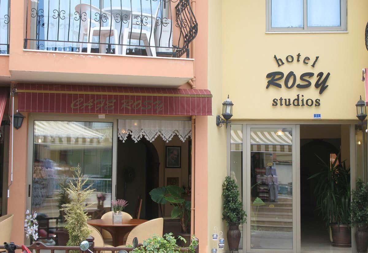 Rosy Suites Hotel