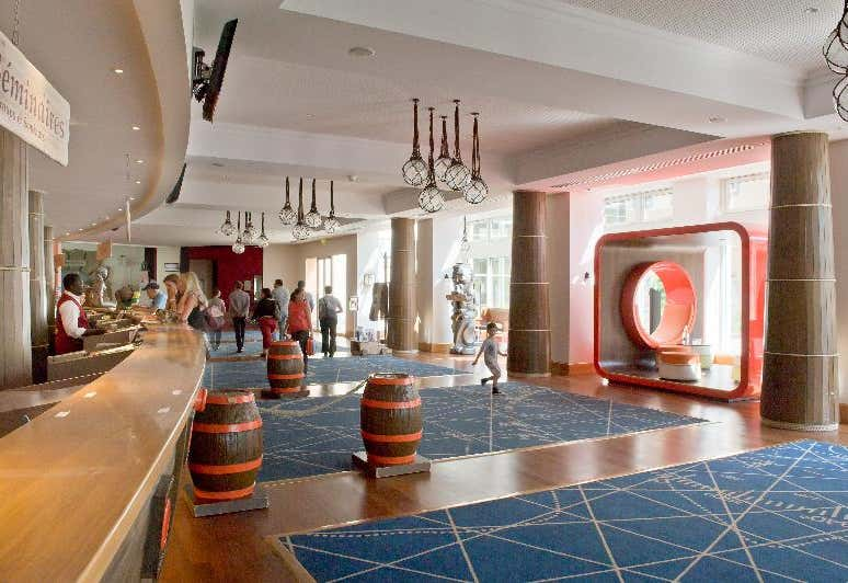 Hotel Explorers Marne La Vallee In Disneyland Paris Ile De France Loveholidays