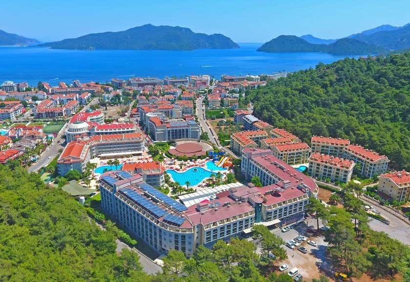 Green Nature Resort & Spa