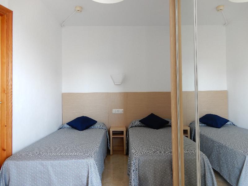Marina Palmanova Apartments in Majorca, Palma Nova ...